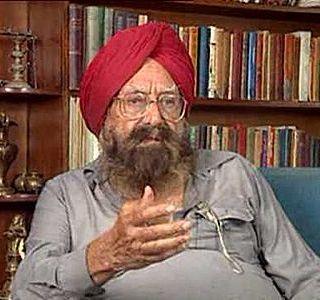 http://www.kasauli.net/kasauli-blog/wp-content/uploads/2012/11/Khushwant-Singh.jpg