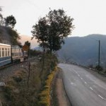 Toy train and road closing near Jabli Kasauli